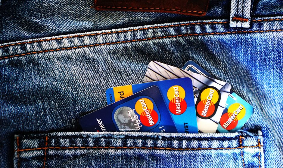 5 TIPS TO AVOID CREDIT CARD FRAUD